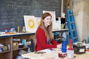 Meredith-Woolnough-in-her-studio---photo-by-Stephanie-Owen